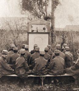Guignol on the front line with French troops.